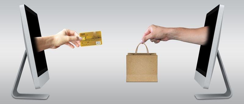 Dlaczego warto kupować właśnie przez Internet?